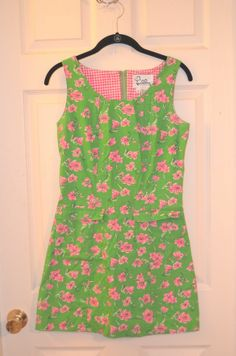 VINTAGE! Lilly Pulitzer Green and Pink Flower Shift Dress-Size 2-EUC #LillyPulitzer #Shift #Casual