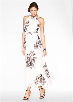 vestidos con material reciclado