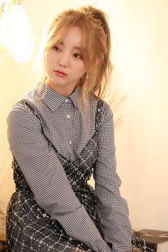 South Korean Girls, Korean Girl Groups, Jin, Lovelyz Kei, Woollim Entertainment, Asian Fashion, Pop Group, Korean Singer, Kpop Girls