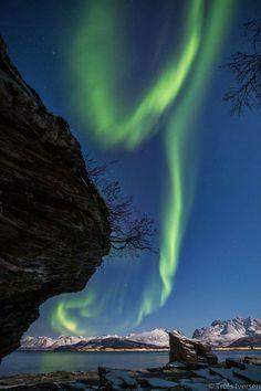 Lyngsalpene i bakgrunnen. Bildet tatt fra Tromsø fastland og over Ullsfjorden./ Foto:Truls Iversen/ Fb:Troms i bilder