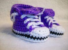 Crochet  rock star baby shoes - purple chucks, LOVE.