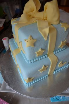 Star and Moon Themed Baby Shower Cake