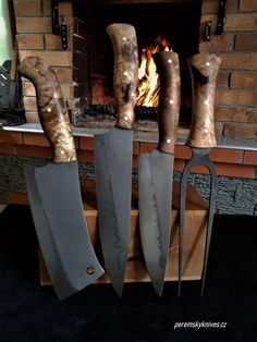 Custon handmade Peremský knife Magnetic Knife Strip, Knife Making, Knife Block, Blacksmithing, Blade, Tools, Steel, Handmade, Weapons
