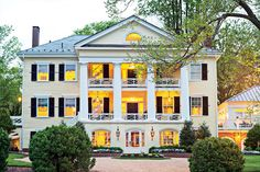 The South's Charming Inns: The Inn at Willow Grove