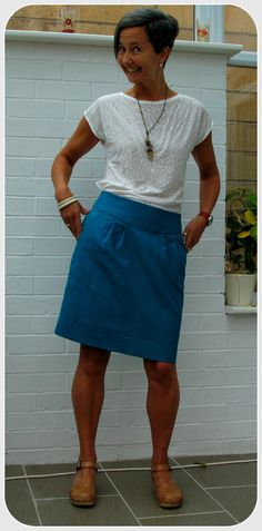 Simplicity 2451, tulip skirt in teal linen