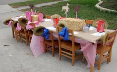 Meaningful Menagerie: Audrey's Cowgirl/Western/Horse themed 5th Birthday party! Change the name to Aubrey though =)