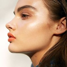 Sun-kissed, dewy skin. Loving this #beauty #inspiration for the spring. #Limedrop #loves