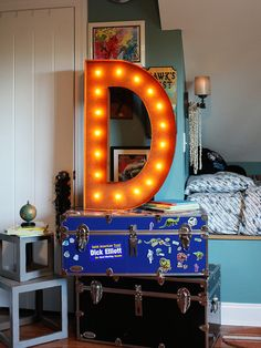 36D Vintage Marquee Light by Vintage Marquee Lights at Gilt