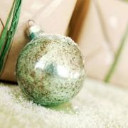 How to paint glass ball ornaments