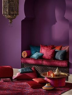 Looking for purple bedroom ideas? It's good, but a purple bedroom will be better when combined with other colors: white, blue and so on, as described here. Moroccan Room, Moroccan Home Decor, Moroccan Interiors, Moroccan Style, Moroccan Colors, Deco Ethnic Chic, Design Marocain, Living Room Decor, Bedroom Decor
