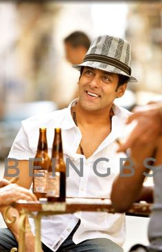 Salman Khan Photo, Shahrukh Khan, Ek Tha Tiger, Salman Khan Wallpapers, National Film Awards, Indian Star, Man Photography, Aishwarya Rai Bachchan, King Of My Heart