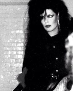 punks and goths Patricia Morrison, Andrew Eldritch, Sisters Of Mercy, School Pictures, School Pics, Gothabilly, New Romantics, Post Punk, Gothic Girls