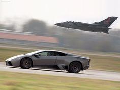 Lamborghini Reventón na wzor F 22 Raptor