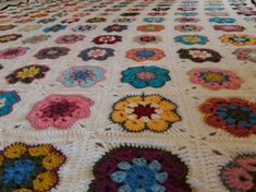 African Flower Square Blanket 2018 Crab Stitch, Raining Outside, African Flowers, Square Blanket, Cozy Bed, Flower Making, Blankets, Lily, Colours
