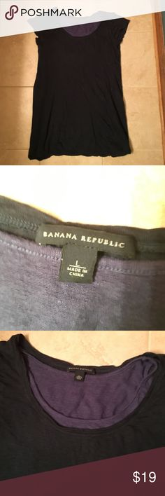 Banana Republic Dress Casual dress in good condition. Has two layers so you can't see through it. It's a size large, but if you're tall it might be too short Banana Republic Dresses