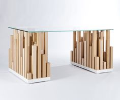 Tobo desk by Ylenia Zampieron # design # furniture # интерьер # ПÑ Diy Furniture Projects, Woodworking Projects Diy, Wooden Furniture, Custom Furniture, Cool Furniture, Furniture Design, Geometric Furniture, Table Cafe, Diy Resin Art