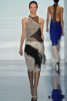 Vera Wang Spring 2014 Ready-to-Wear Collection Slideshow on Style.com