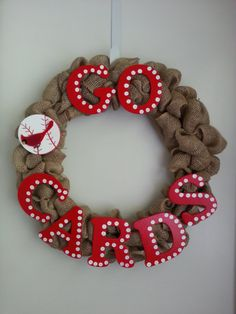Louis Cardinals Burlap Wreath by JamiesonCharles on Etsy Baseball Wreaths, Sports Wreaths, Baseball Crafts, Baseball Stuff, Burlap Wreaths, Mesh Wreaths, Wreath Ideas, Diy Wreath, Crafts To Do
