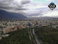 Te presentamos la selección del día: <<POSTALES DE CARACAS>> en Caracas Entre Calles. ============================  F E L I C I D A D E S  >> @motaphoto_ << Visita su galeria ============================ SELECCIÓN @marianaj19 TAG #CCS_EntreCalles ================ Team: @ginamoca @huguito @luisrhostos @mahenriquezm @teresitacc @marianaj19 @floriannabd ================ #postalesdecaracas #Caracas #Venezuela #Increibleccs #Instavenezuela #Gf_Venezuela #GaleriaVzla #Ig_GranCaracas #Ig_Venezuela…
