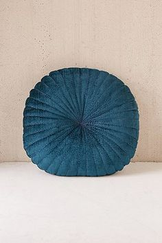 Shelly Round Velvet Cushion - Urban Outfitters