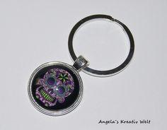 """Schlüsselanhänger """" Totenkopf Black"""" von Angela`s Kreativ Welt auf DaWanda.com"""