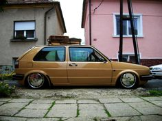 Volkswagen Golf MKII such a cute little thing Volkswagen Golf Mk2, T2 T3, Dream Garage, Mk1, Car Manufacturers, Cars Motorcycles, Cool Cars, Classic Cars, Vehicles