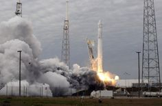 SpaceX F9R Test Vehicle Explodes Over Texas (Video)  http://beforeitsnews.com/space/2014/08/spacex-f9r-test-vehicle-explodes-over-texas-video-2482614.html
