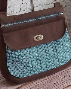 Les P'tites Créas D'Elle sur Instagram: Une nouvelle version de Polka (modèle Sacôtin) 💕 Ce magnifique sac avec des dimensions plus généreuses que le précédent (28 à 31 cm de…