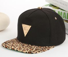38ced51e005 Leopard black and gold snapback