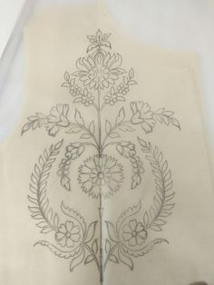 Border Embroidery Designs, Bead Embroidery Patterns, Bead Embroidery Jewelry, Beaded Embroidery, Machine Embroidery Designs, Hand Embroidery Projects, Hand Embroidery Dress, Blackwork Embroidery, Hand Embroidery Stitches