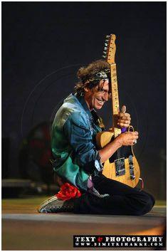 Keith Richards by Dimitri Hakke. Mais
