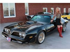 '78 Pontiac Trans Am  PISTOL D IS THAT YOU NEXT TO THAT CAR?