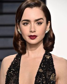 #LilyCollins looking gorgeous as usual at the #VanityFair Oscar Party last night.   via TEEN VOGUE MAGAZINE OFFICIAL INSTAGRAM - Celebrity  Fashion  Haute Couture  Advertising  Culture  Beauty  Editorial Photography  Magazine Covers  Supermodels  Runway Models