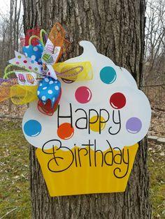 Happy Birthday Door Hanger.  Birthday Cupcake Door by MoniLulis