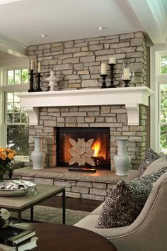 8 Ultimate Tips: Fireplace Tile Pattern craftsman fireplace mantle.Fake Fireplace With Tv fireplace outdoor back yards.Stone And Wood Fireplace. Traditional Living Room, Home Design Decor, Home Fireplace, House Design, Fireplace Design, New Homes, Traditional Design Living Room, Brick Fireplace, Stone Fireplace Designs