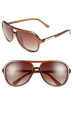 Love the timeless style of the Lilly Pulitzer aviator sunglasses.