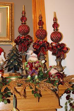 Mark Robert's Fairies on Mantle 2012 Cabin Christmas, Christmas Fairy, Christmas Mantels, All Things Christmas, Christmas Holidays, Christmas Wreaths, Christmas Crafts, Christmas Ornaments, Christmas Arrangements
