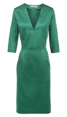 Green dress by Dressfactor