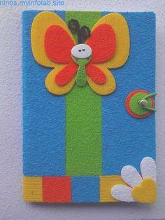 ,  #carpetasdelibrosdeorganizacióndejardíndeinfantes Craft Stick Crafts, Diy And Crafts, Crafts For Kids, Paper Crafts, Notebook Cover Design, Notebook Covers, Plastic Spoon Crafts, Sunday School Classroom, Kids Poems