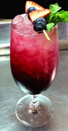 The Wildcat Cooler Mocktail Recipe, 8 cup blueberries, 8 cup water, 8 ...
