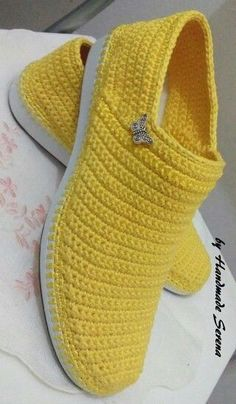 Discover thousands of images about Crochet Boots Knit boots for street adult outdoor made to Order Boots crochet Crochet Knitted Shoes Outdoor Boots PINK Crochet Slipper Boots, Crochet Sandals, Knit Shoes, Crochet Slippers, Clog Slippers, Diy Crochet, Vintage Crochet, Crochet Baby, Crochet Flip Flops