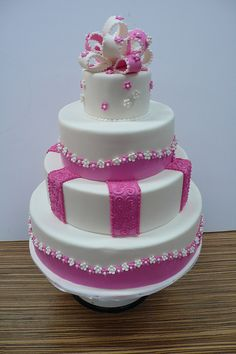 Pink and white Sweet Wedding cake by CAKE Amsterdam - Cakes by ZOBOT, via Flickr