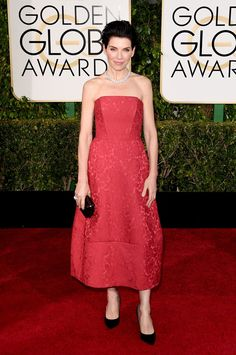 Julianna Margulies.. rose Ulyana Sergeenko Couture strapless gown.. #2015goldenglobes
