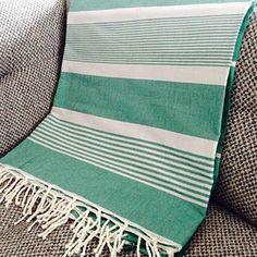 Fouta XL XXL tunisienne de plage canapé Jetés de lit fouta grande taille Weaving Tools, Hand Weaving, Rug Loom, Beach Accessories, Bed Covers, Shawl, Towel, Stripes, France