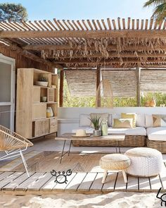 10 deco balconies and ter - Wood Decora la Maison Terrazas Chill Out, Bamboo House Design, Tropical Beach Houses, Outdoor Seating, Outdoor Decor, Outdoor Balcony, Rooftop Design, Balkon Design, Living Room Seating