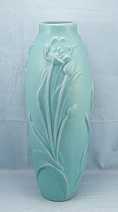 Van Briggle Collectors Society Vase, 2003 (Image1)