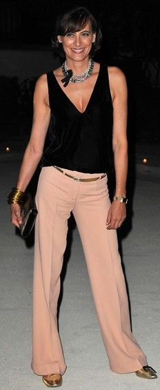 Inés de la Fressange.  Damn, i wish i could pull off this look!