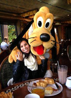 Cafés da Manhã na Disney com personagens!