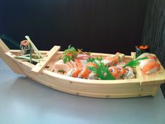 really want my own sushi boat.