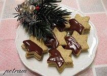 Kávové hvězdičky s čokoládovo-kávovou nádivkou bez lepku, mléka a vajec Waffles, Pudding, Cookies, Breakfast, Desserts, Food, Basket, Crack Crackers, Morning Coffee